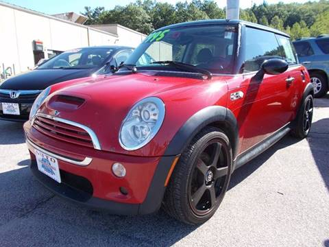 2005 MINI Cooper for sale at Auto Wholesalers Of Hooksett in Hooksett NH