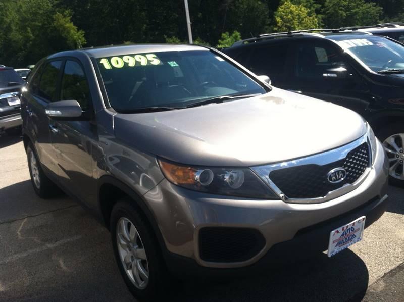 2011 Kia Sorento for sale at Auto Wholesalers Of Hooksett in Hooksett NH