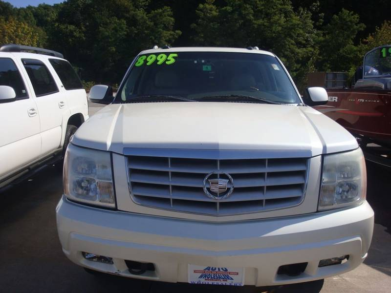 2003 Cadillac Escalade ESV for sale at Auto Wholesalers Of Hooksett in Hooksett NH