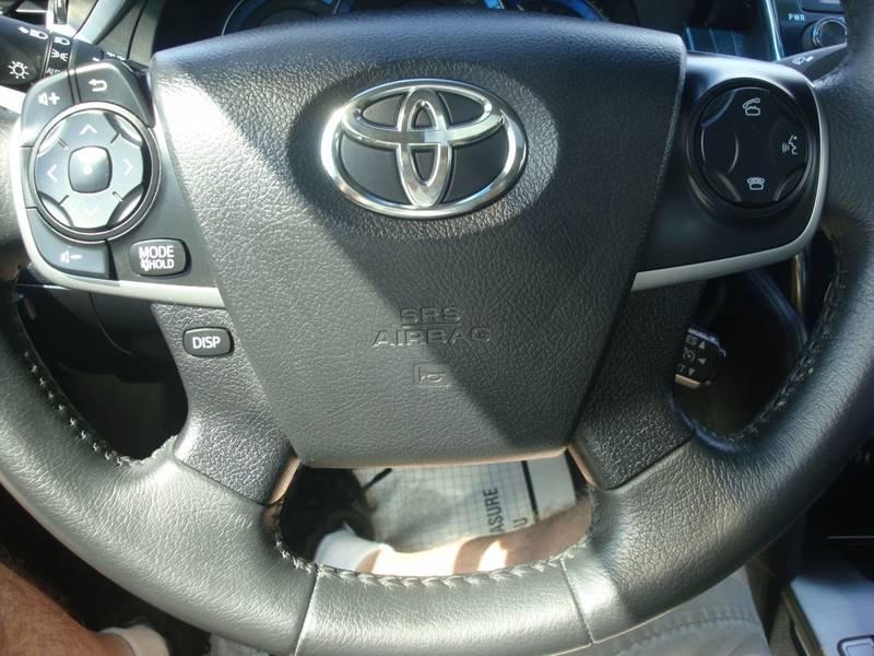 2014 Toyota Camry Hybrid for sale at Auto Wholesalers Of Hooksett in Hooksett NH