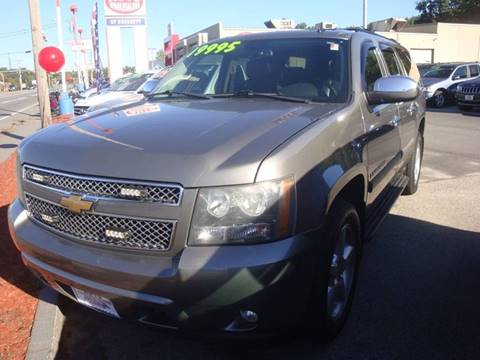 2008 Chevrolet Suburban for sale at Auto Wholesalers Of Hooksett in Hooksett NH