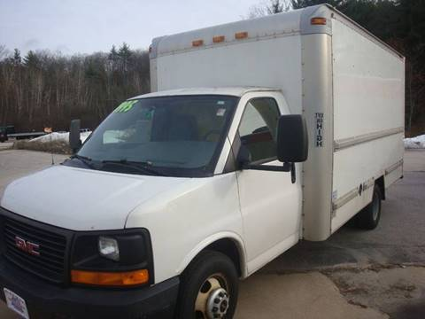 2006 GMC Magnavan 3/4 Ton Box Truck for sale in Hooksett, NH