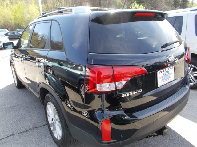 2014 Kia Sorento for sale at Auto Wholesalers Of Hooksett in Hooksett NH