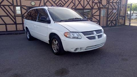 2005 Dodge Grand Caravan for sale at Used Car Showcase in Phoenix AZ