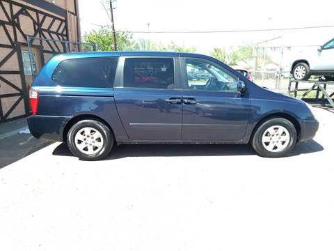 2006 Kia Sedona for sale at Used Car Showcase in Phoenix AZ