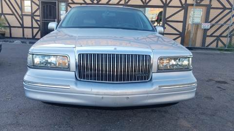 1995 Lincoln Town Car for sale at Used Car Showcase in Phoenix AZ