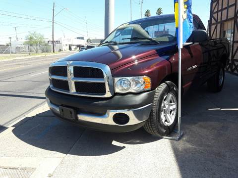 2004 Dodge Ram Pickup 1500 for sale at Used Car Showcase in Phoenix AZ