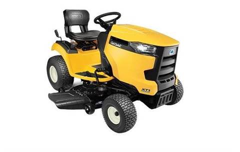 2017 Cub Cadet XT1-LT42C for sale in Minerva OH
