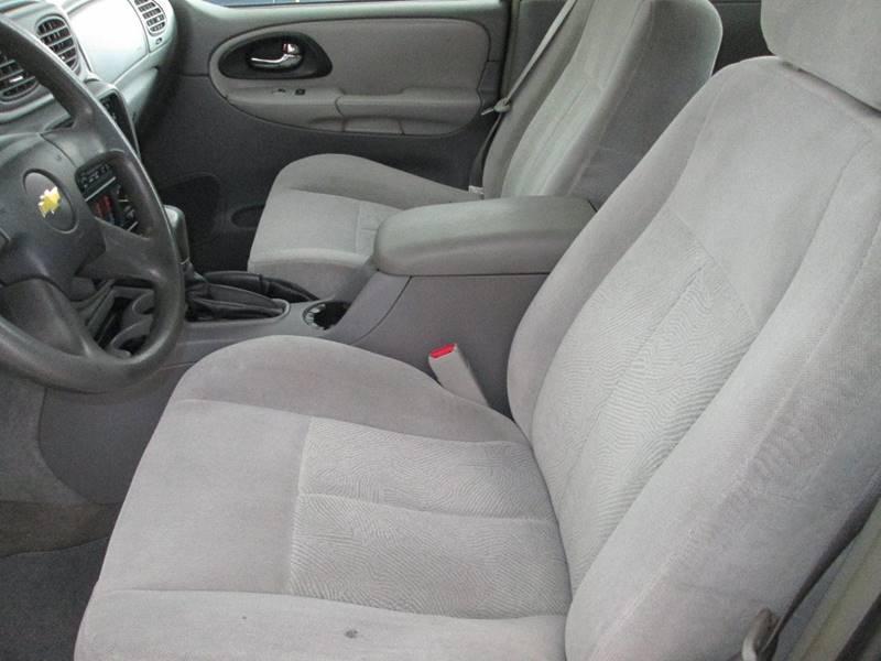 2006 Chevrolet TrailBlazer for sale at Bob's Auto Sales in Canton OH