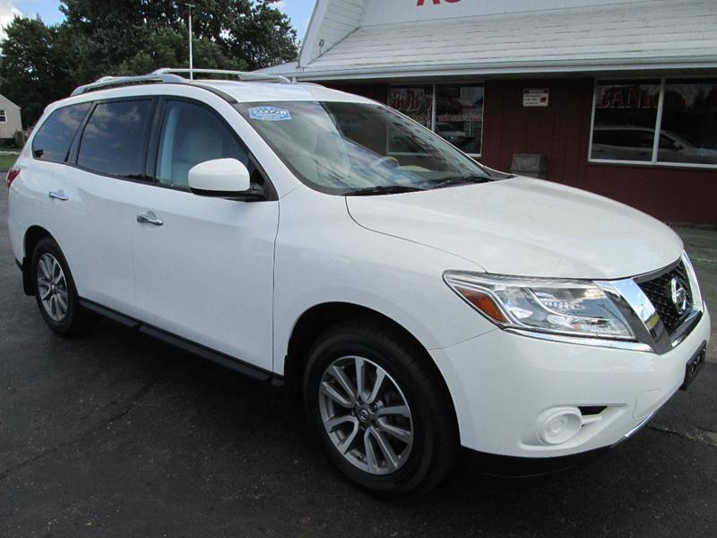 2013 Nissan Pathfinder for sale at Bob's Auto Sales in Canton OH