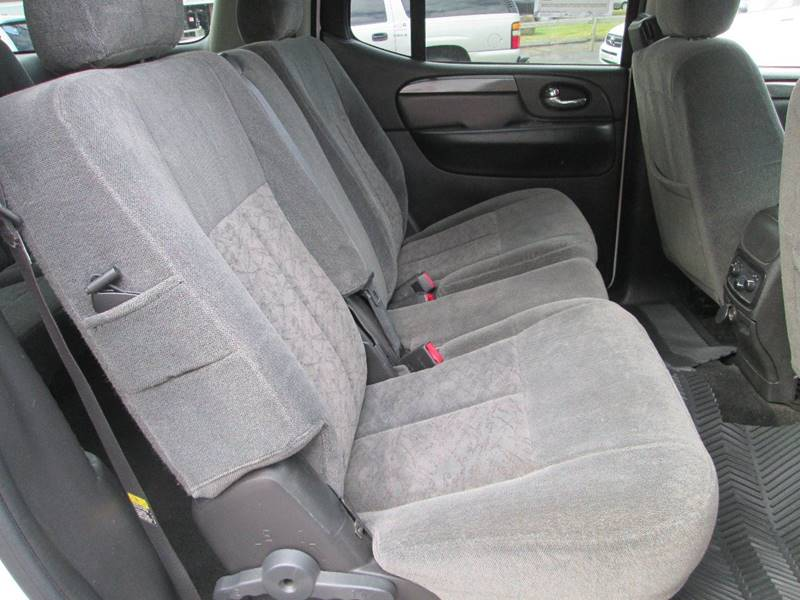 2006 GMC Envoy XL for sale at Bob's Auto Sales in Canton OH