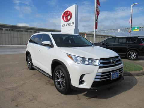 2018 Toyota Highlander for sale in Houston, TX