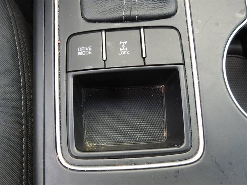 2017 Kia Sorento LX V6 (image 23)