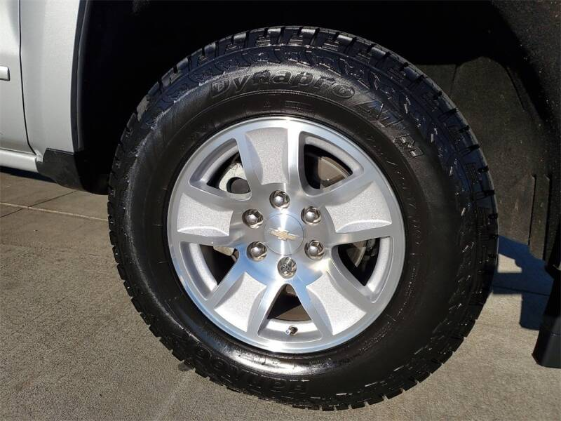 2018 Chevrolet Silverado 1500 LT (image 4)