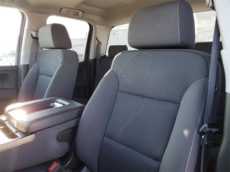 2018 Chevrolet Silverado 1500 LT (image 14)