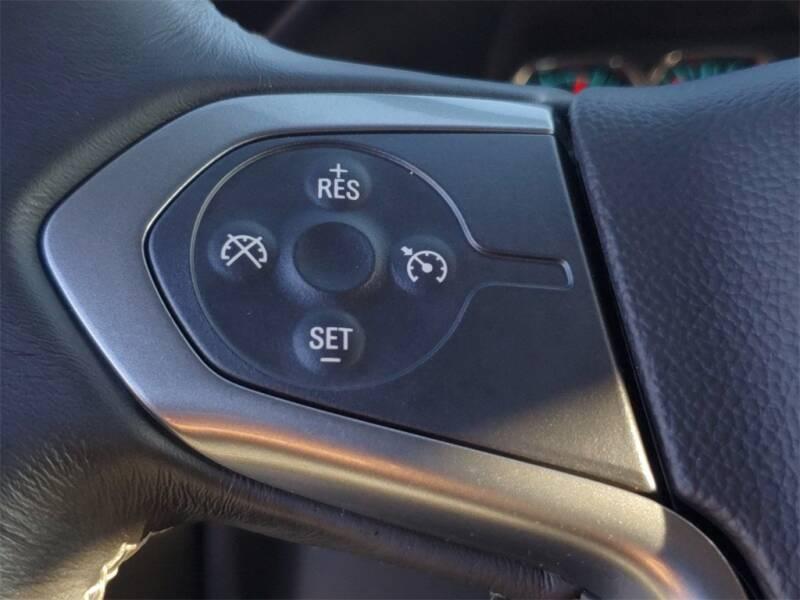 2018 Chevrolet Silverado 1500 LT (image 22)