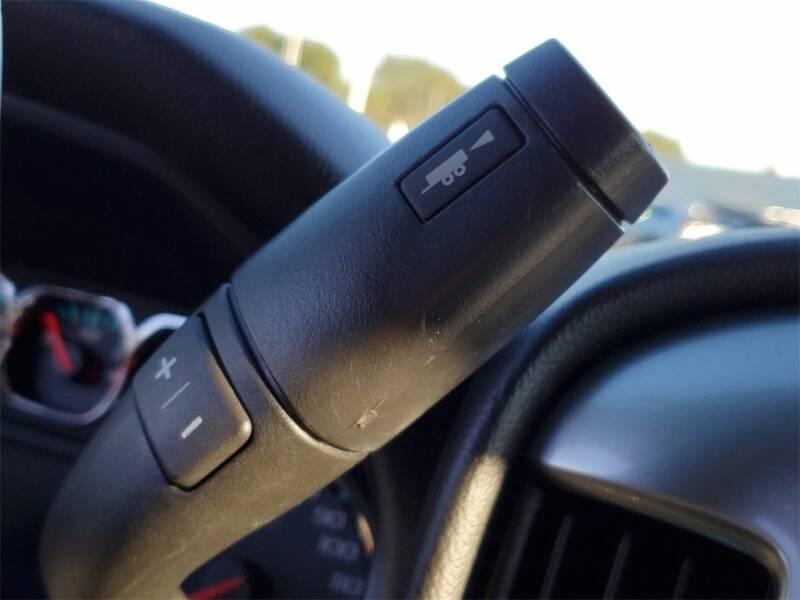 2018 Chevrolet Silverado 1500 LT (image 24)