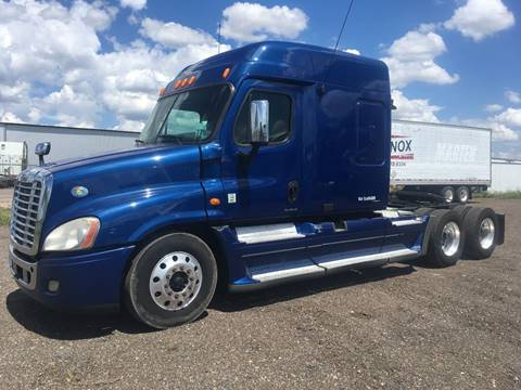 2009 Freightliner Cascadia for sale in San Benito, TX