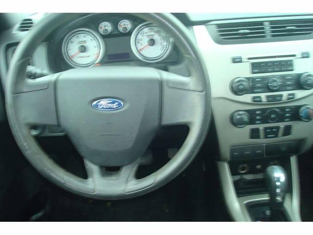 2009 Ford Focus SE 4dr Sedan - Palmyra ME