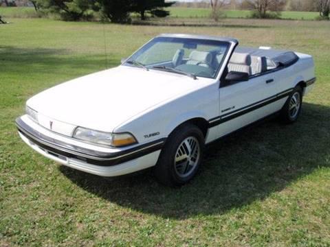 1990 Pontiac Sunbird for sale in Stanwood, MI