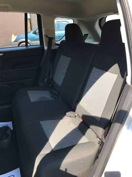 2009 Jeep Compass 4x4 Sport 4dr SUV - Brook Park OH