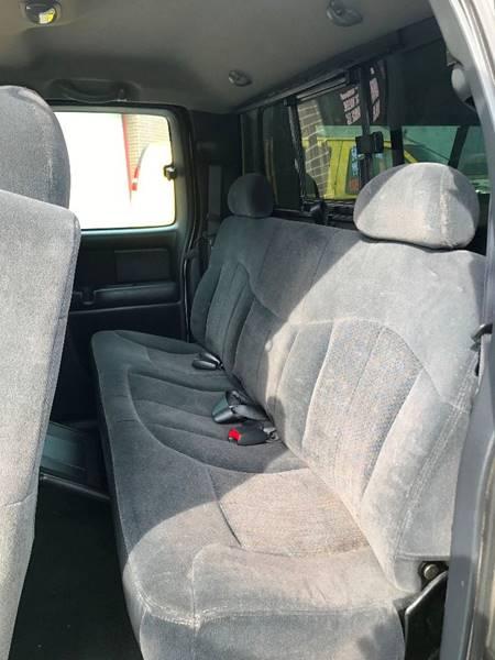2001 Chevrolet Silverado 1500 4dr Extended Cab 4WD SB - Brook Park OH