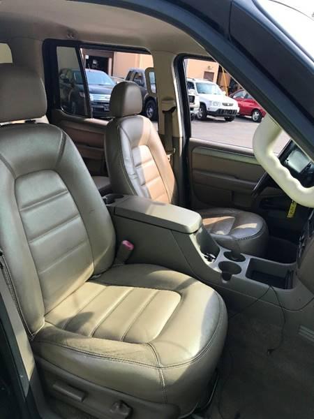 2004 Ford Explorer 4dr XLT 4WD SUV - Brook Park OH