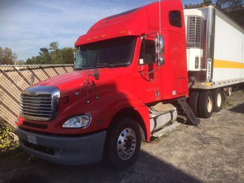 2006 Freightliner C120 sleeper for sale in Waukegan, IL