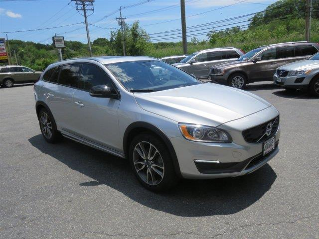 2016 Volvo V60 Cross Country for sale at EUROCARS PLUS in Groton CT