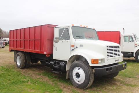 2000 International 4900 for sale in Goldsboro, NC