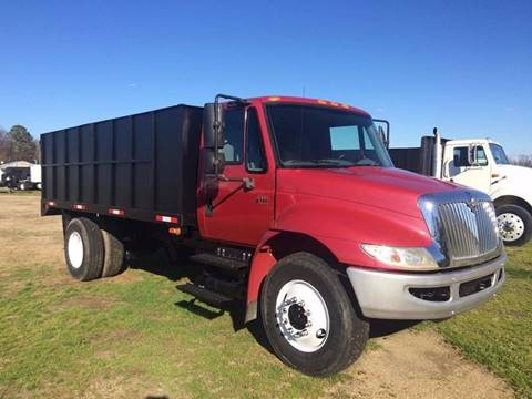 2005 International 4300 for sale in Goldsboro, NC