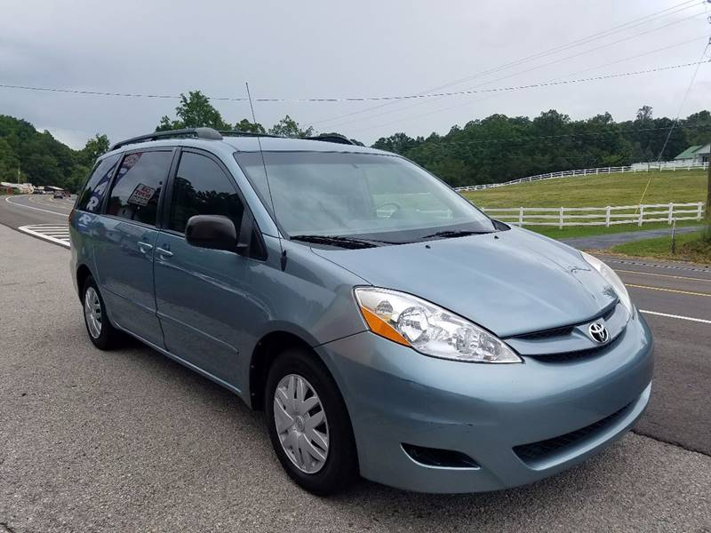 2006 Toyota Sienna for sale at Car Depot Auto Sales Inc in Seymour TN