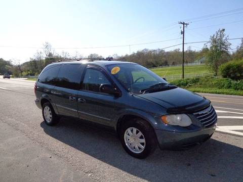 2006 Chrysler Town and Country for sale at Car Depot Auto Sales Inc in Seymour TN