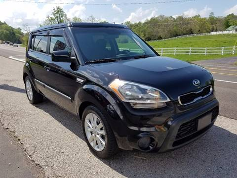 2013 Kia Soul for sale at Car Depot Auto Sales Inc in Seymour TN