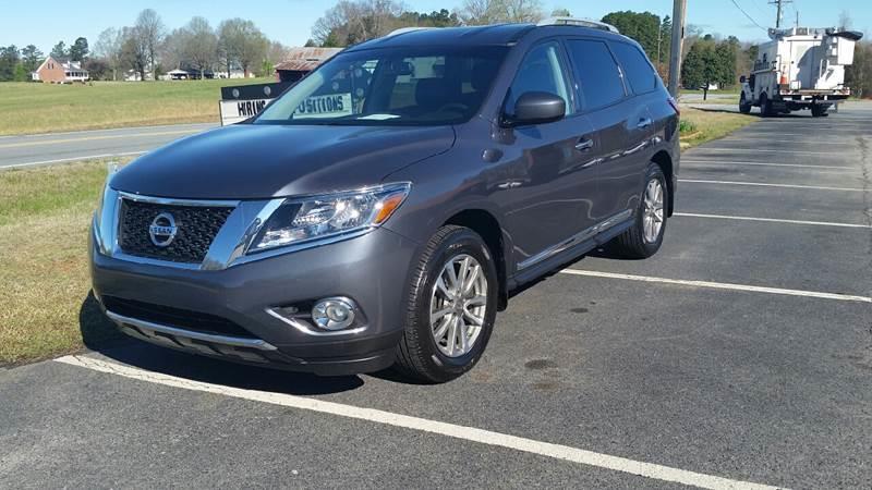 2013 Nissan Pathfinder for sale at R & D Auto Sales Inc. in Lexington NC