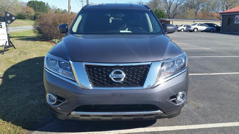 2013 Nissan Pathfinder for sale at R & D Auto Sales Inc. in Lexington NC