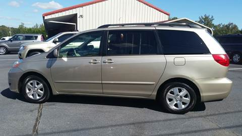 2008 Toyota Sienna for sale at R & D Auto Sales Inc. in Lexington NC