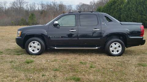 2011 Chevrolet Avalanche for sale at R & D Auto Sales Inc. in Lexington NC
