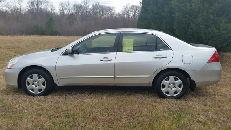 2006 Honda Accord for sale at R & D Auto Sales Inc. in Lexington NC