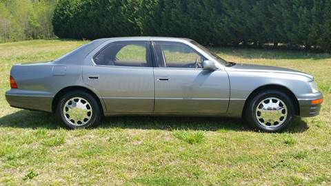 1995 Lexus LS 400 for sale at R & D Auto Sales Inc. in Lexington NC