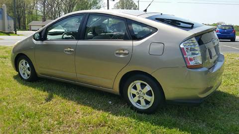 2006 Toyota Prius for sale at R & D Auto Sales Inc. in Lexington NC