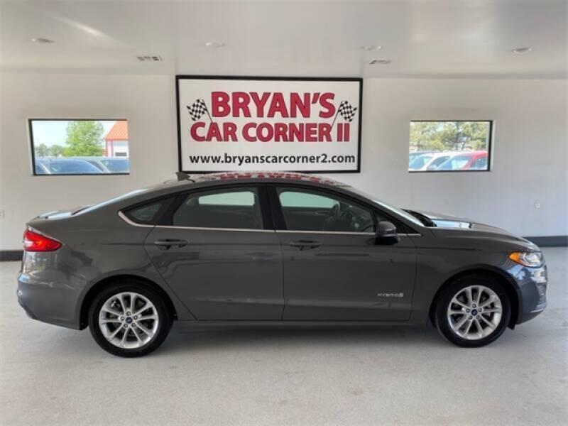 2019 Ford Fusion Hybrid for sale at Bryans Car Corner in Chickasha OK