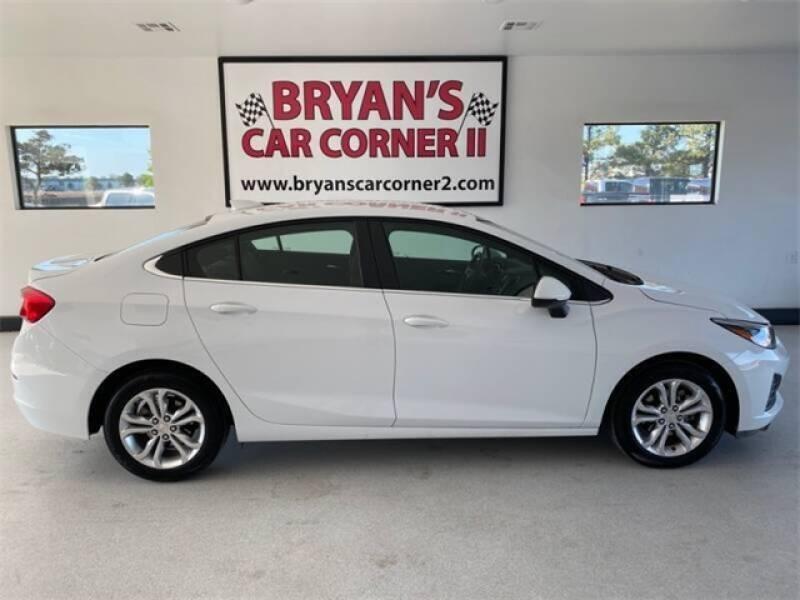 2019 Chevrolet Cruze for sale at Bryans Car Corner in Chickasha OK