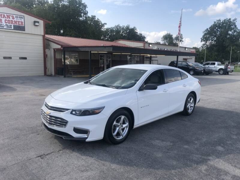 2017 Chevrolet Malibu for sale at Bryans Car Corner in Chickasha OK