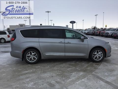 2017 Chrysler Pacifica for sale in Jamestown, ND