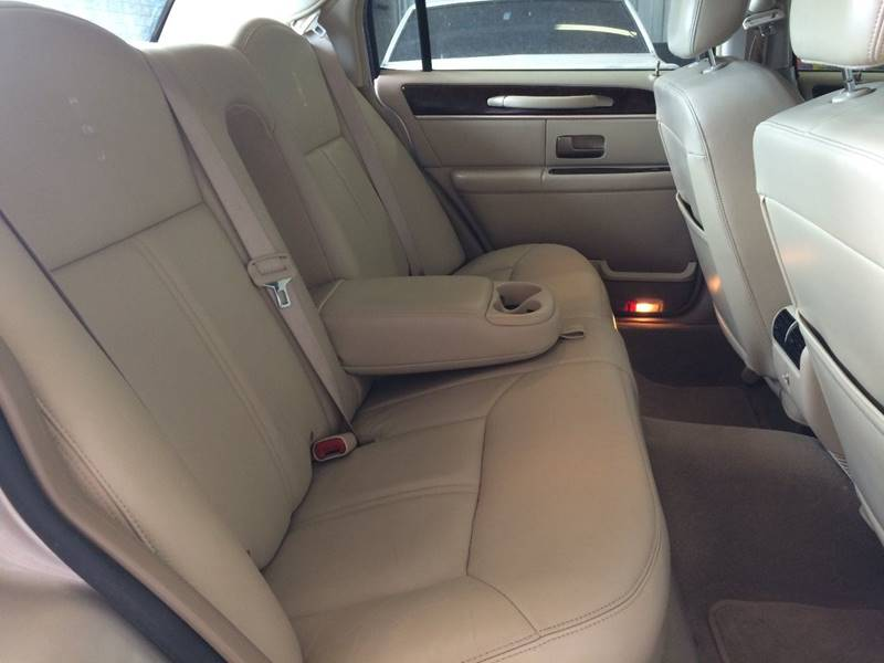 2009 Lincoln Town Car Signature Limited 4dr Sedan In Weatherford Ok