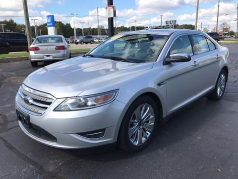 2010 Ford Taurus for sale in Elkhart, IN
