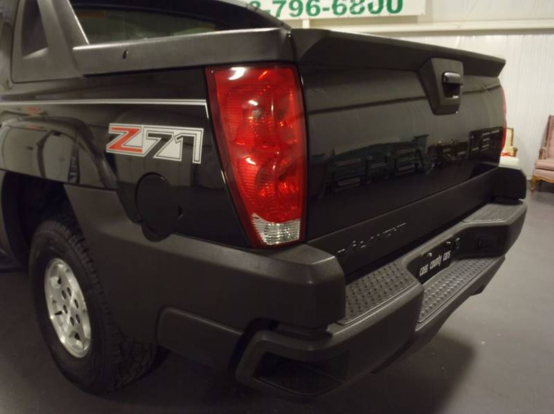 2004 Chevrolet Avalanche for sale at Cass County Cars in Atlanta TX