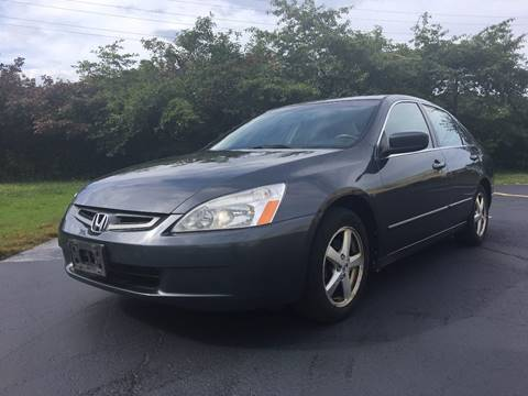 2005 Honda Accord for sale at VENTURE MOTORS in Euclid OH