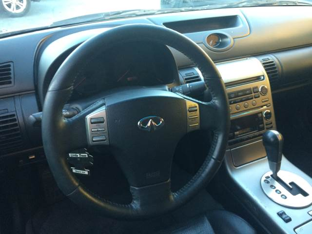 2004 Infiniti G35 for sale at Los Primos Auto Plaza in Brentwood CA